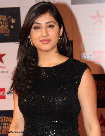 Disha Parmar Wiki, Bio, Age, Profile, Janvi and Pankhuri real name, Images
