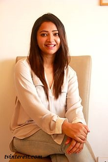 Shweta Basu Prasad Wiki, Bio, Affairs, Profile, Height, Age, nandini real name, Images