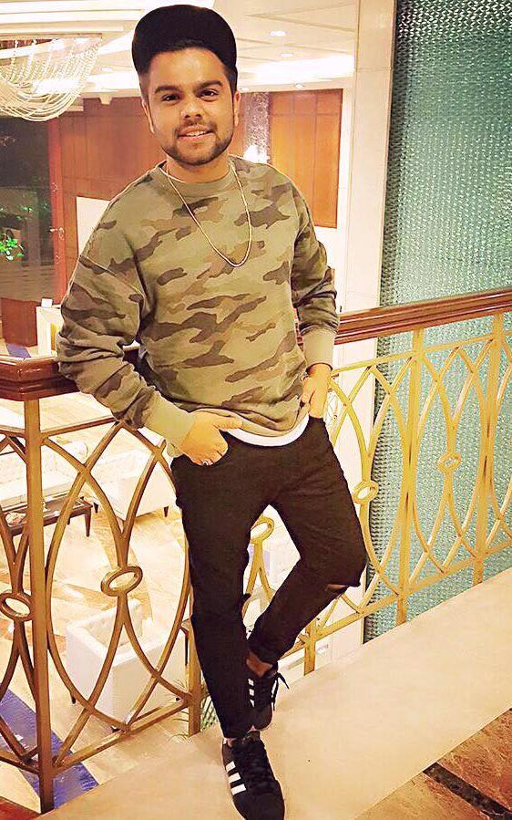 Singer Akhil Pictures Akhil Pasreja Punjabi Singer Wiki