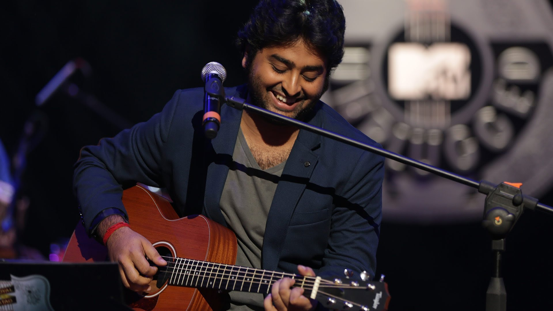 Arijit Singh Singer Wiki,Bio,Age,Profile,Girlfriend,Images,Wife | Full Details