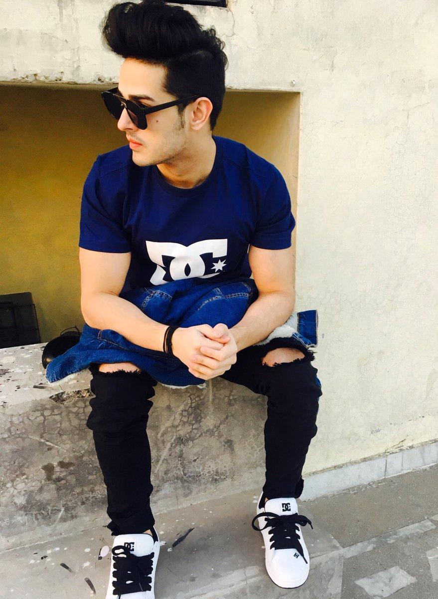 Priyank Sharma MTV Splitsvilla 10 X Contestant Wiki,Bio,Age,Profile,Grlfriend,Images | Full Details