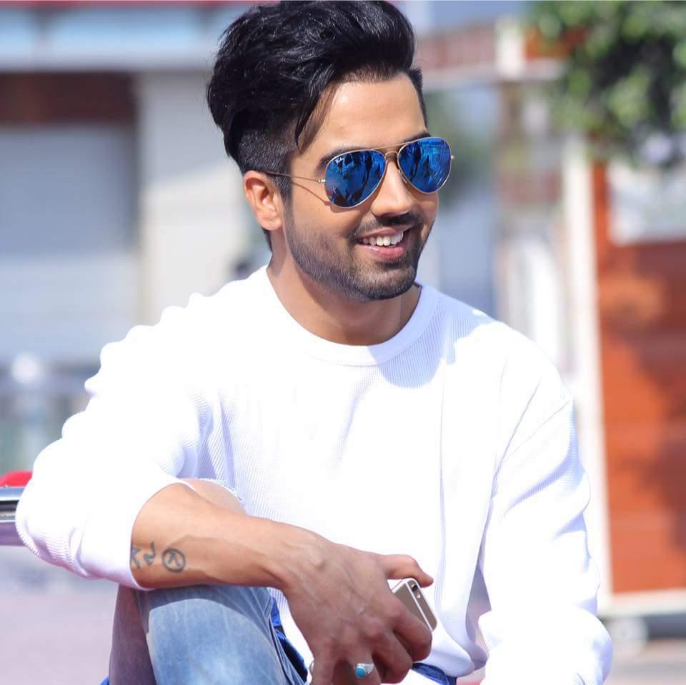 Hardy Sandhu Punjabi Singer Wiki Bio Age Profile