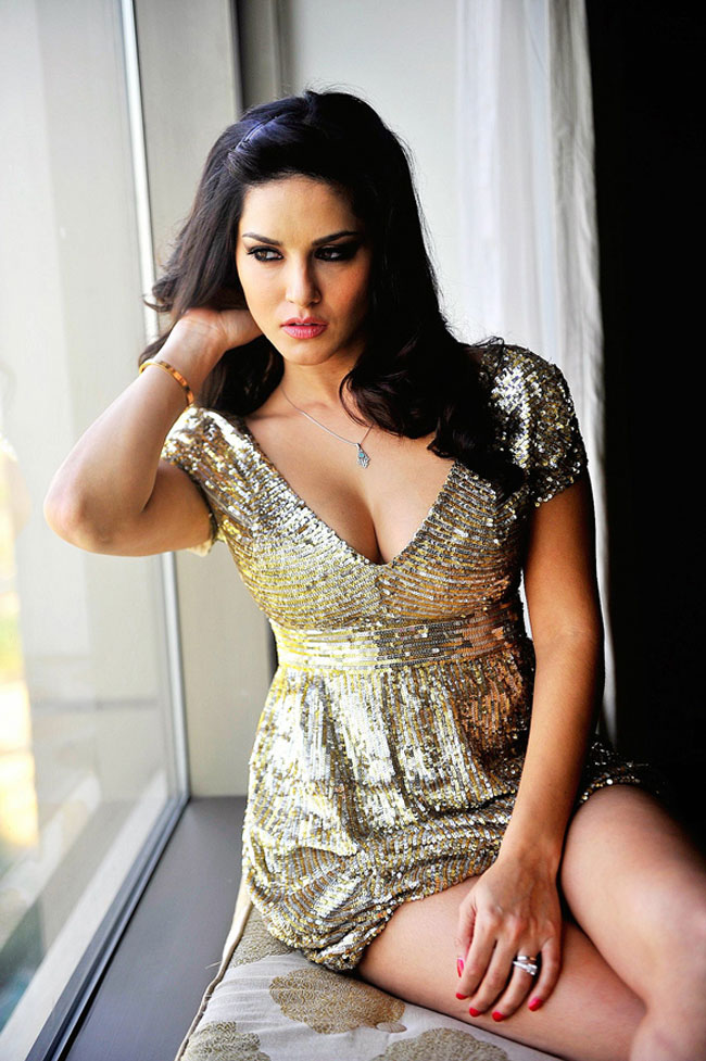 Sunny Leone MTV Splitsvilla X Host Wiki,Bio,Age,Profile,Images,Boyfriends | Full Details