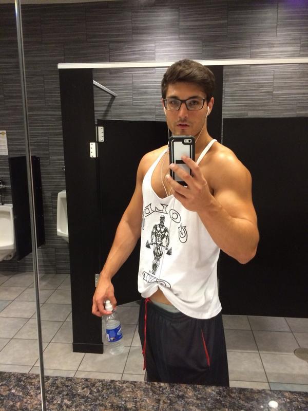 Adam Kuhn Contestant, Wiki, Bio, Age, Profile, Images, Girlfriend | Full Details
