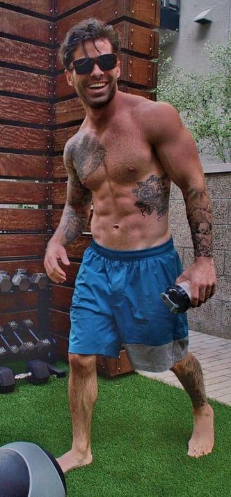 Alex Woytkiw Bachelor in Paradise,Contestant,Wiki,Bio,Age,Profile,Images,Girlfriend   Full Details