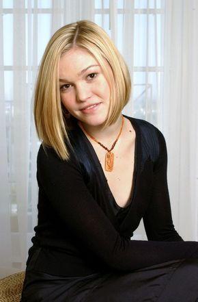 Julia Stiles Wiki,Bio,Age,Profile,Boyfriend,Images,Riviera   Full Details