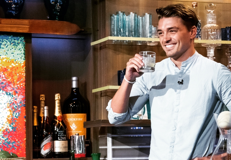 Dean Unglert Bachelor in Paradise,Contestant,Wiki,Bio,Age,Profile,Images,Girlfriend | Full Details